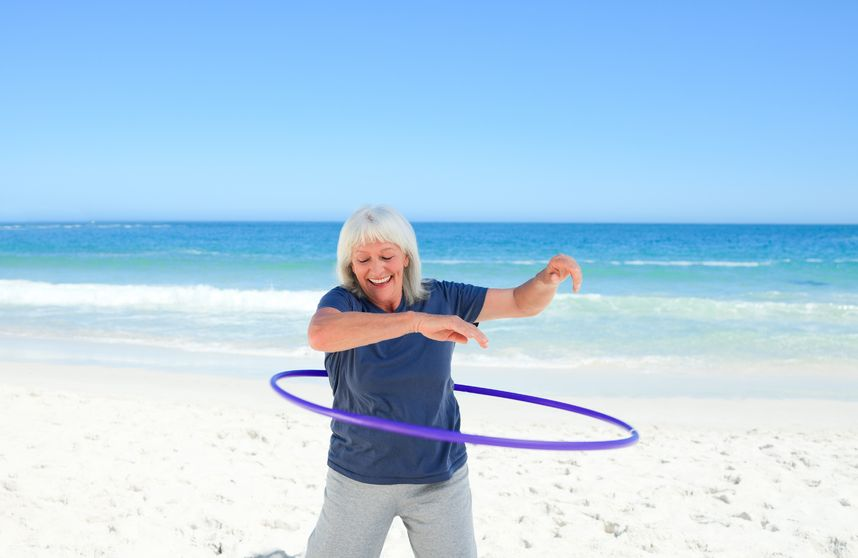Hula Hoop in Maui at Cool Cat Cafe!