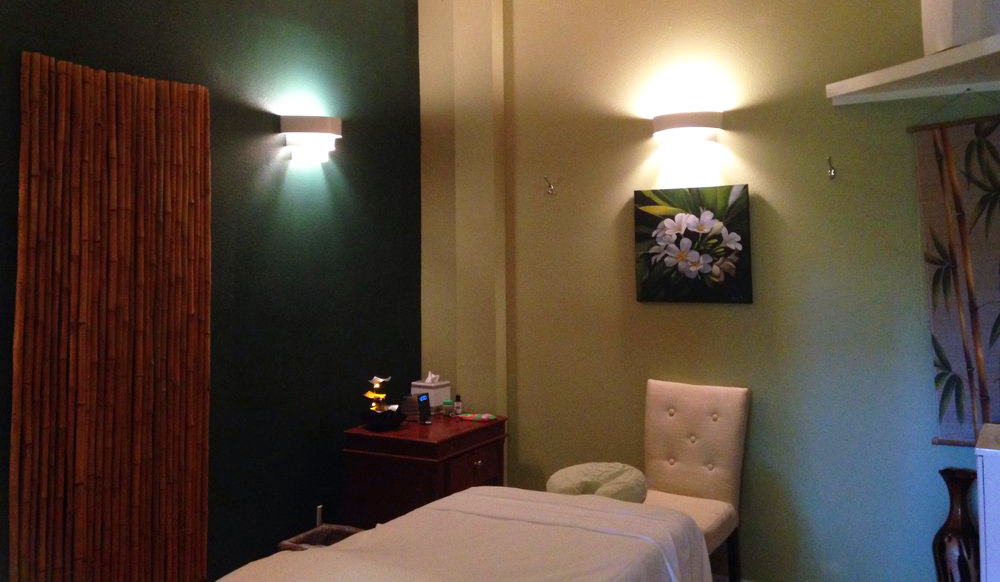 Pamper yourself on vacation with a massage!